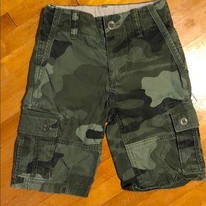 Gap Kids Camo Shorts, size 5